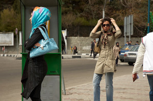 Modern hijabs in Tehran, Iran. Image Source: Kamyar Adl, Flickr, Creative Commons