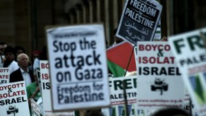 Pro- Palestine protest. Image Source: Swithun Crowe, Flickr, Creative Commons