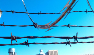 Barbed wire Image Source: Keoni Cabral, Flickr, Creative Commons