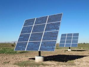 Image Source: ricketyus, Flickr, Creative Commons Utah House Solar Panels