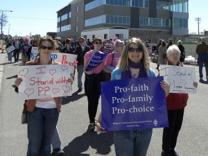Planned Parenthood rally in Minnesota, photo by Fibonacci Blue