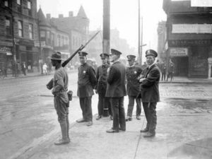 chicago_race_riot_five_policemen_and_one_soldier