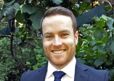 Dr Tim Richards
