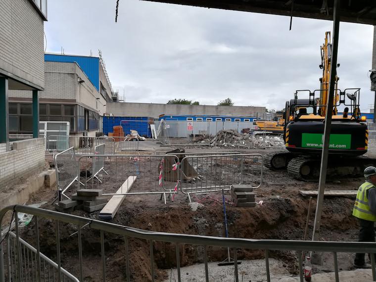 Pentrehafod School before renovation, image: Swansea Council]