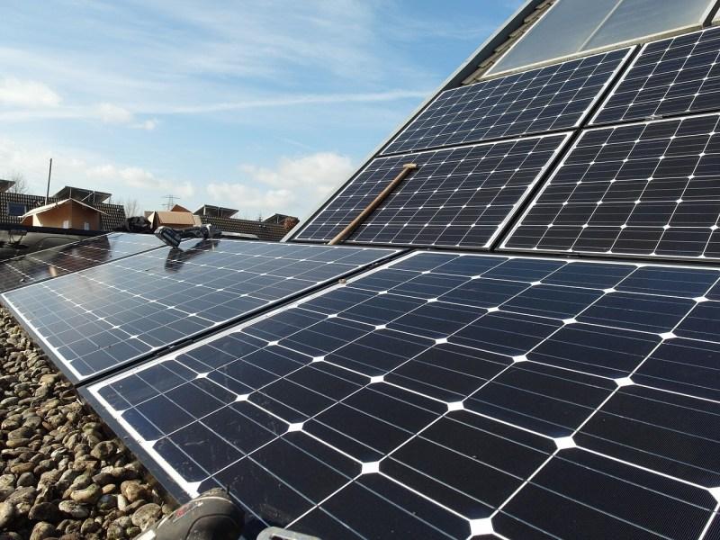 solar panels energy saving
