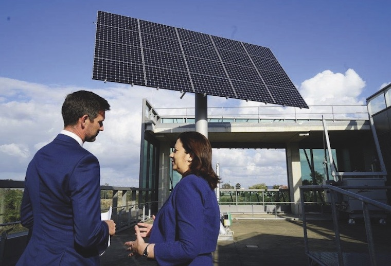 Annastacia Palaszczuk clean energy Queensland
