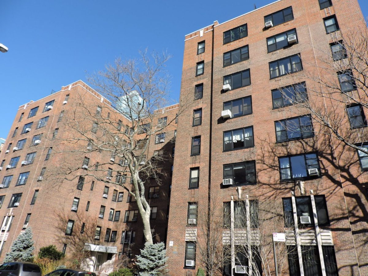1950s New York Building