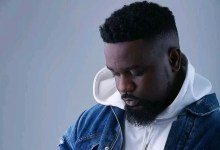 """Photo of Everything I Talked About On """"The Masses"""", """"Inflation"""" Are All Part Of #FixTheCountry – Sarkodie"""