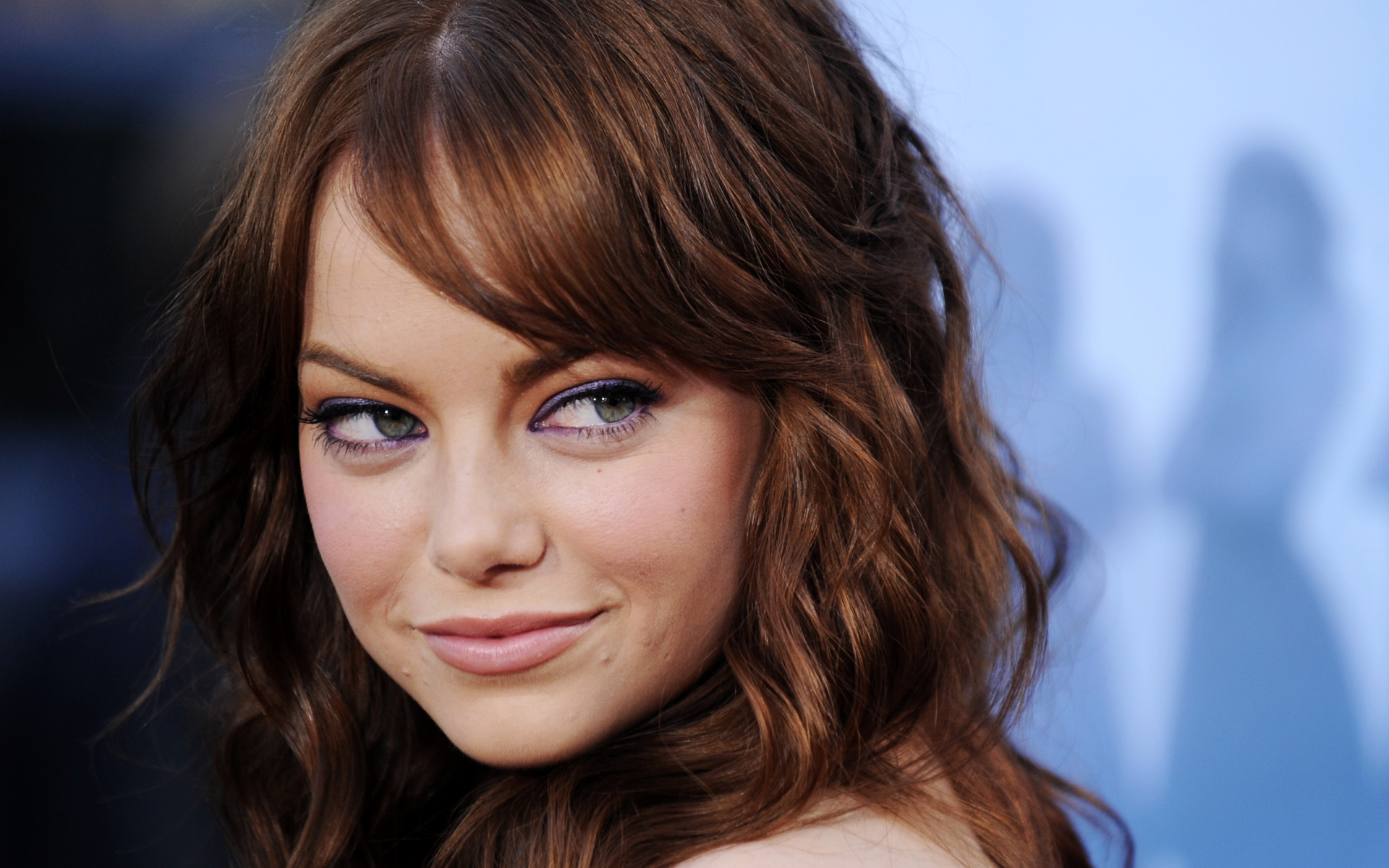 https://i0.wp.com/thefilmstage.com/wp-content/uploads/2011/07/emma_stone_1920_1200_may152009.jpg