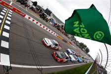 2011 WGI Aug NNS Green Flag