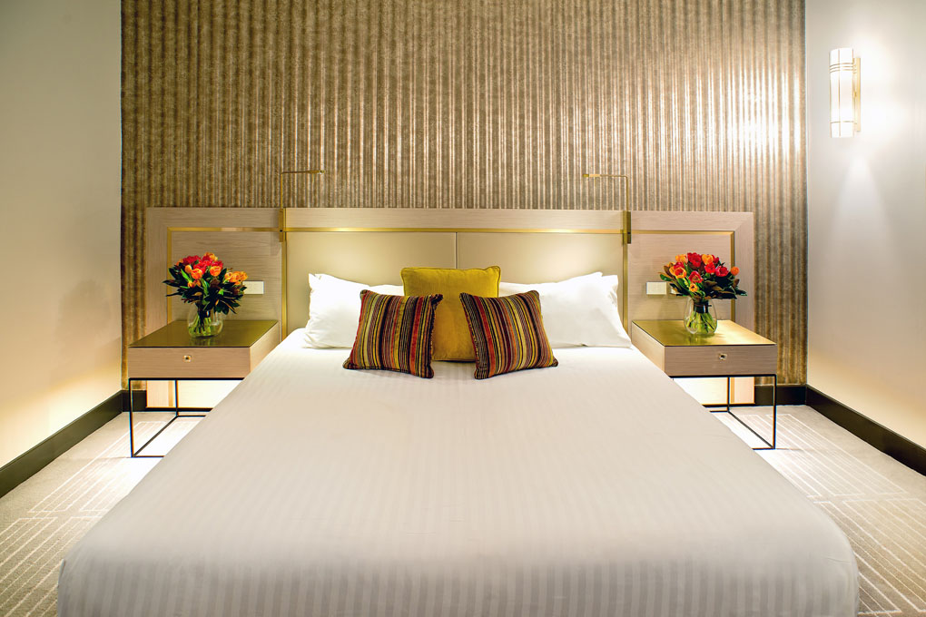 Radisson Blu Plaza Hotel Sydney - guest room re-design lowres