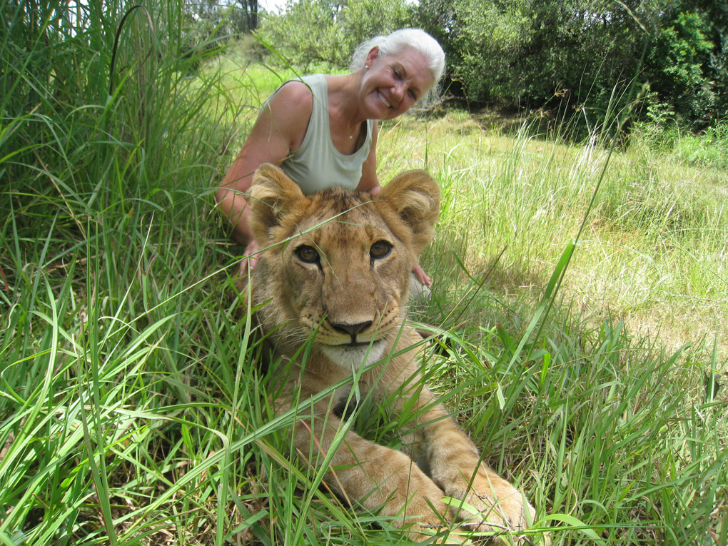 Jeanette with lion