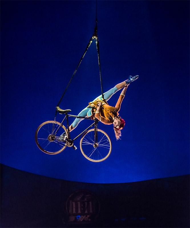 Aerial Bicycle, Cirque du Soleil, Kurious, Entertainment Quarter Sydney