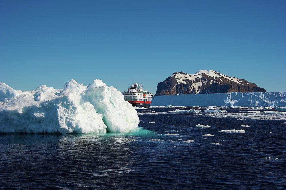 Hurtigruten, Antarctic cruising, exploration ship, expedition cruising