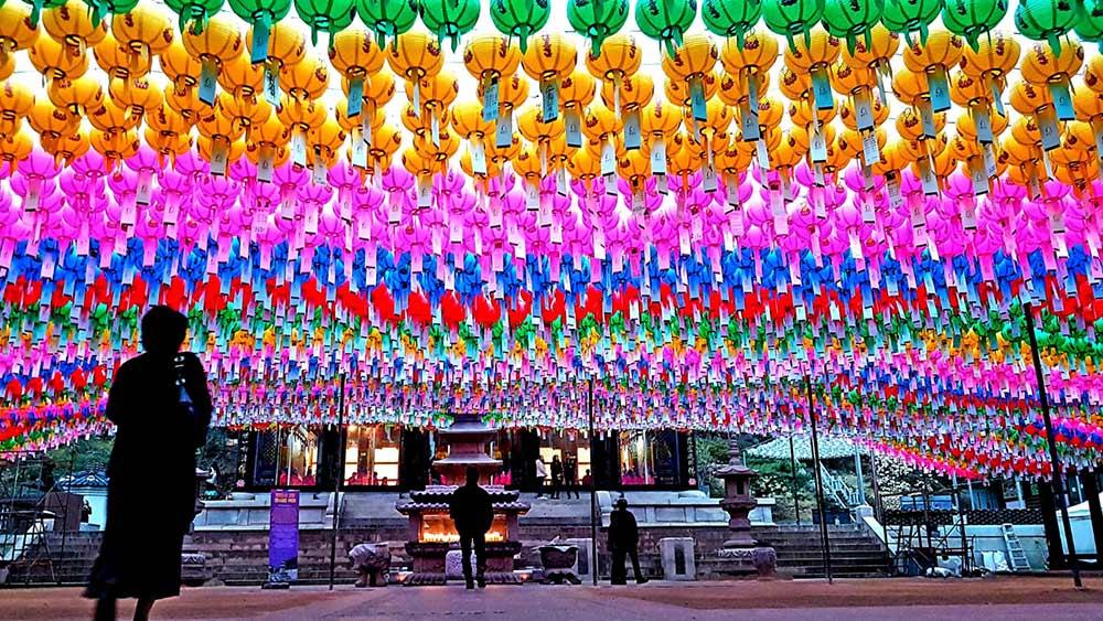 Korean temples, Seoul, Colours of Hope