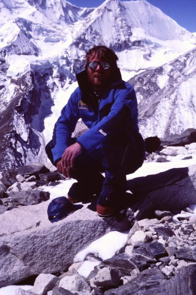Charlie Sassara under Makalu. 1984 (Photo: Sassara collection)