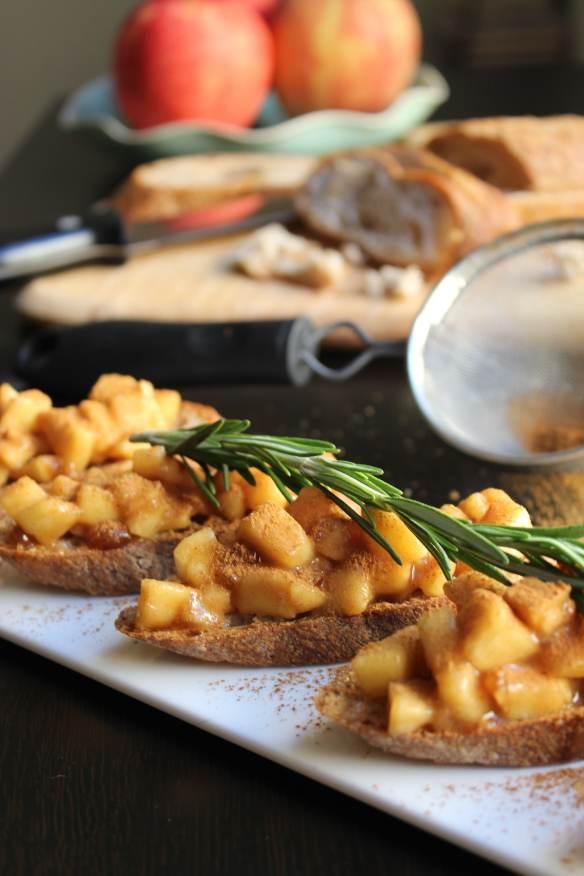Apple Pie Bruschetta
