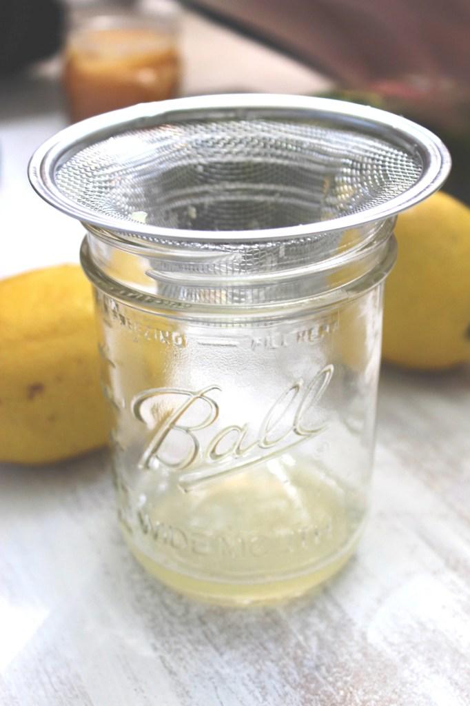 Easy One-Jar Lemon Salad Dressing