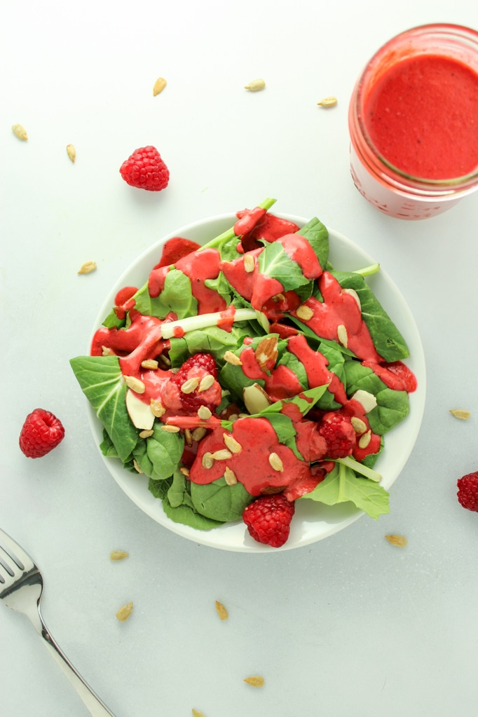 5 MINUTE homemade raspberry balsamic salad dressing. Comes together in your food processor!