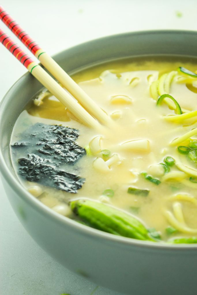 Easy Vegan Miso Soup – This is my winter standby! It chases away colds, stuffy noses, and winter blues. Ready in 20 minutes!