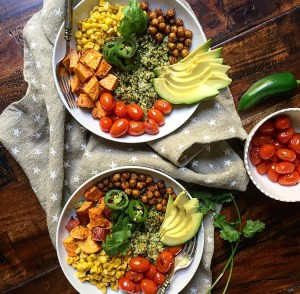 mexican-buddha-bowls-with-green-rice-gf-df-v-vegetarian