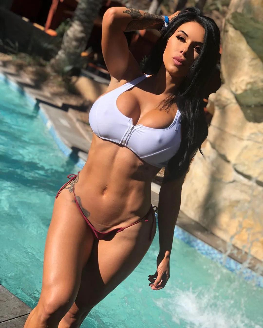 Savanna Rehm  queen_rehm  The Fitness Girlz