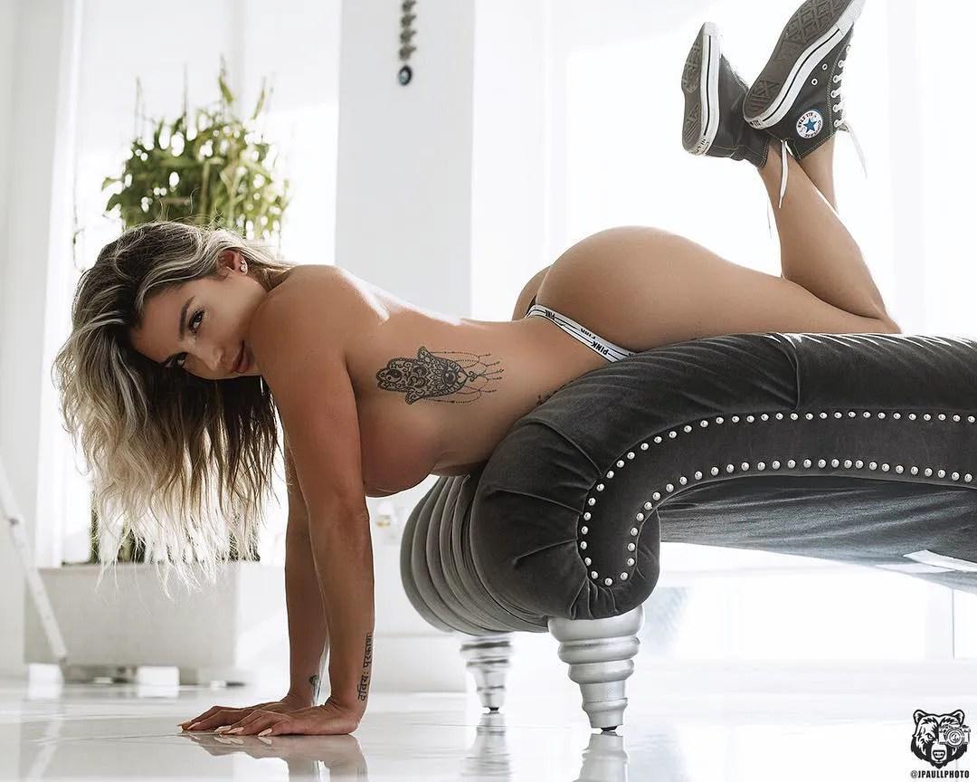 Vanessa Mejia  vanessamfit  The Fitness Girlz