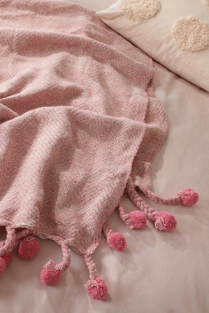 Herringbone blanket throw