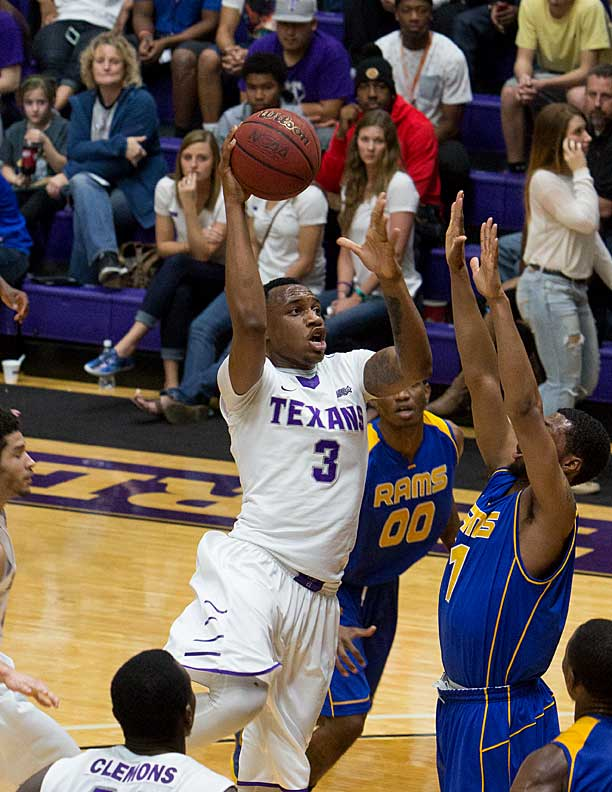 EJ Reed scored a career-high 20 points for Tarleton State Wednesday, 16 of them in the first half. || Photo by RUSSELL HUFFMAN
