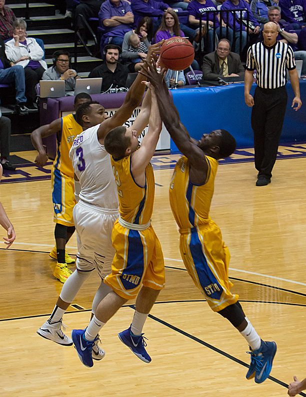 EJ Reed, in white, and Tarleton State battle UC-Colorado Springs at 7:30 p.m. Sunday. || Photo by RUSSELL HUFFMAN