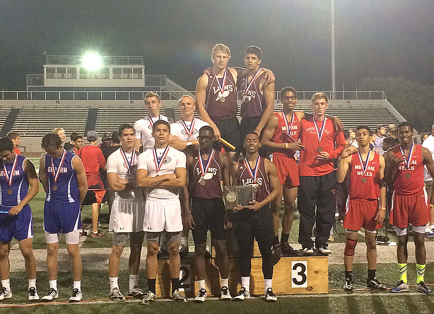 Stepenville accepts silver in the boys 4x400-meter relay they would have likely won if not for a dropped baton. || BRAD KEITH/TheFlashToday.com