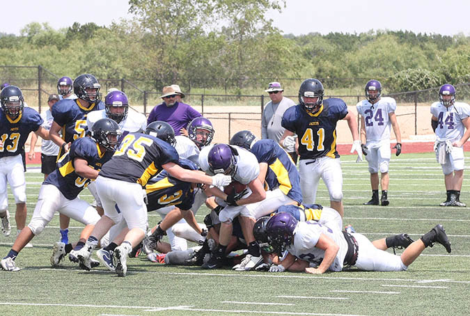 Sville-Liberty Hill scrimmage 01