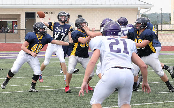 Sville-Liberty Hill scrimmage 05