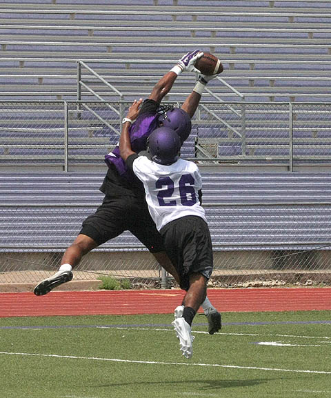 Tarleton FB Camp 0813 09