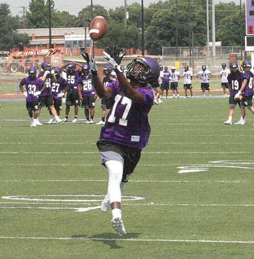 Tarleton FB Camp 0813 17