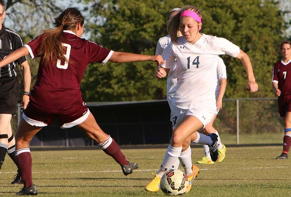 Bees-Bwood Soccer 28