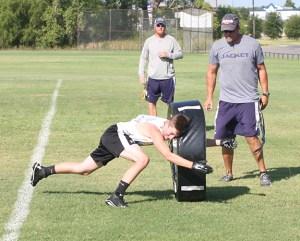 2016 Freshman Football Camp 02