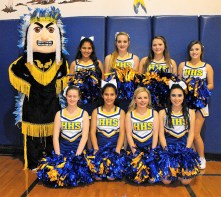 8 Cheerleaders