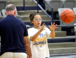 Stephenville Hoops Camps 09