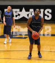 Texan Alumni Basketball game 42