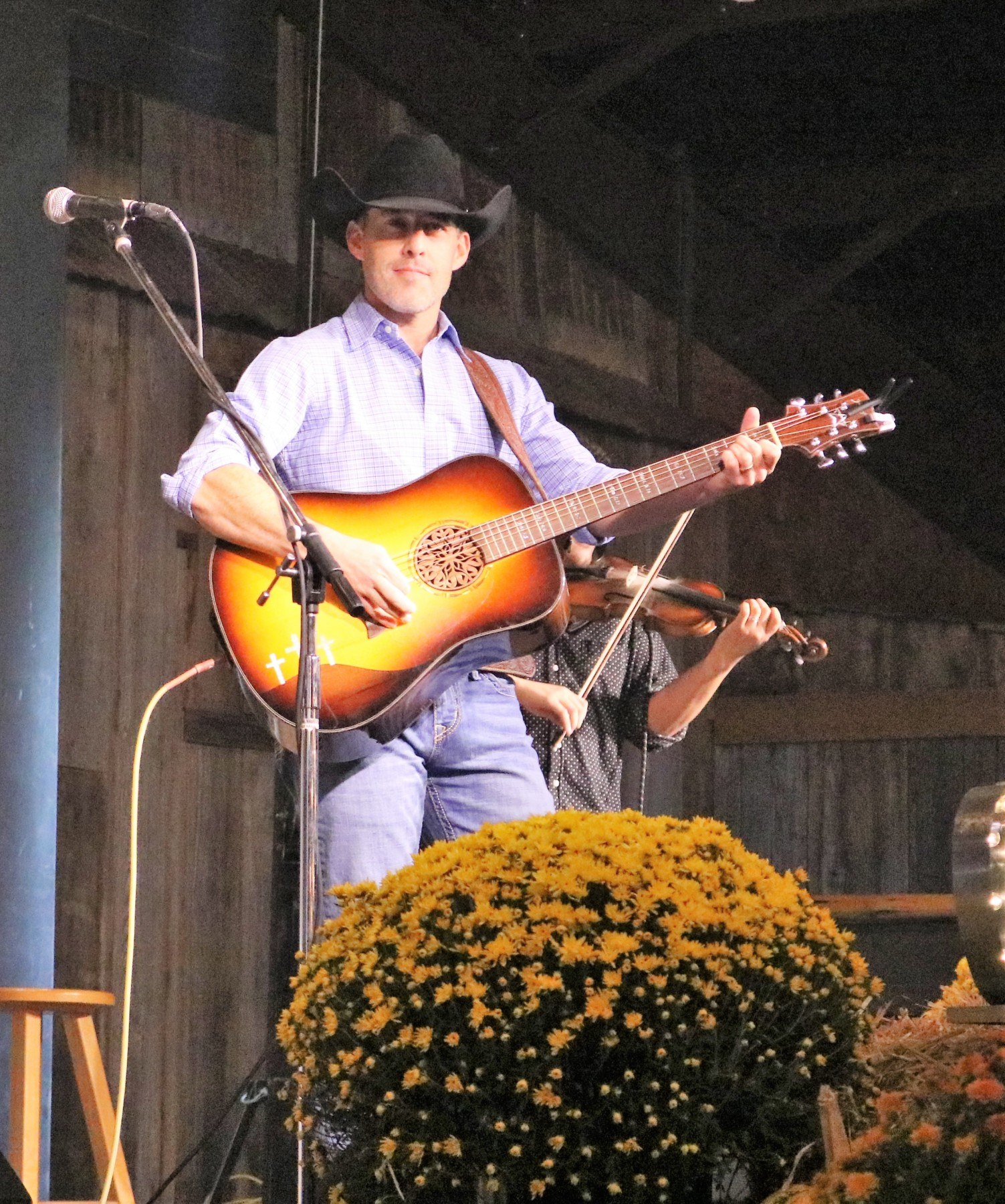 Choices Banquet Aaron Watson 2