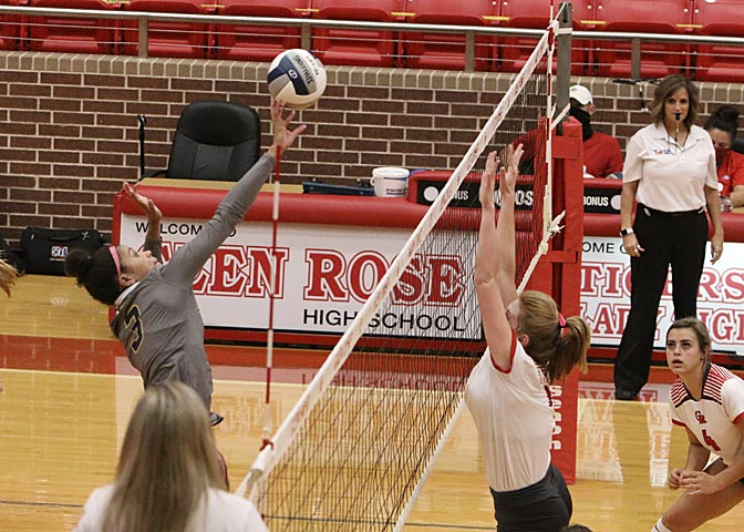 volley-v-glen-rose-2020 (17)