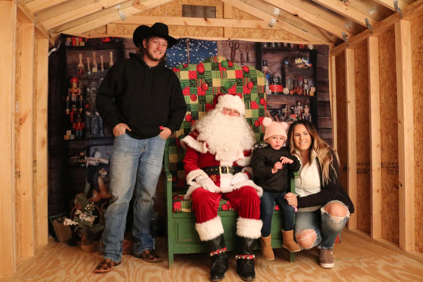 Holly-Jolly-Christmas-22
