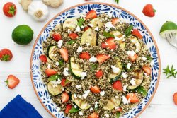 Lentil Quinoa Salad with Courgettes and Strawberries [vegetarian] [gluten free]