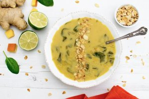 Pumpkin, Spinach & Chickpea Soup [vegan] [gluten free]