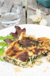 Spinach & Mushroom Mascarpone Quiche [vegetarian] by The Flexitarian