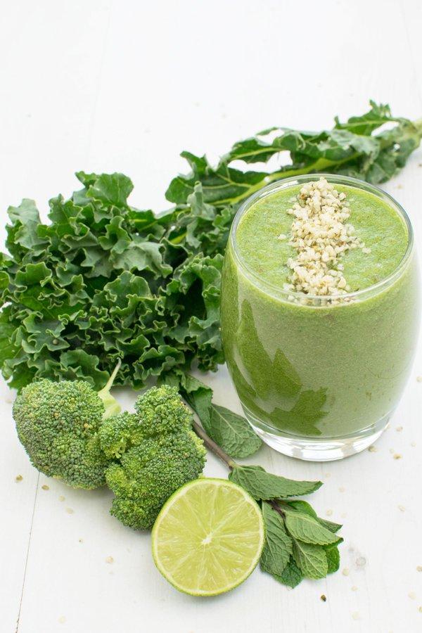 Melon, Kale & Broccoli Smoothie [vegan] by The Flexitarian