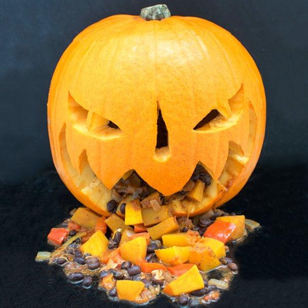 Halloween Pumpkin Chilli [vegan] by The Flexitarian