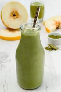 Melon & Wheatgrass Protein Smoothie [vegan] by The Flexitarian