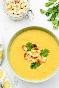 Carrot & Cashew Soup [vegan] by The Flexitarian